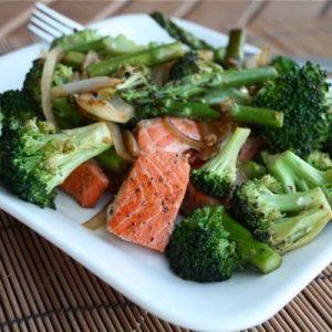 Healthy Salmon and Veggie Stir Fry