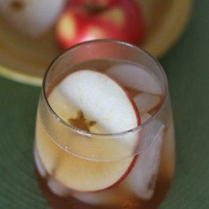 Iced Apple Cinnamon Tea with Honey