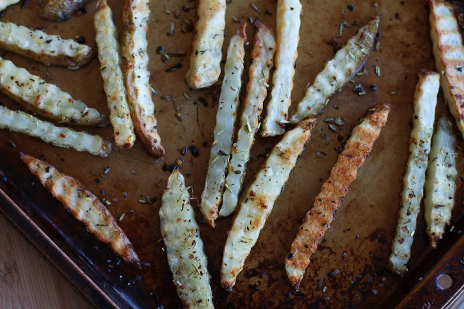 Perfectly Baked Italian Herb French Fries | Aggie's Kitchen