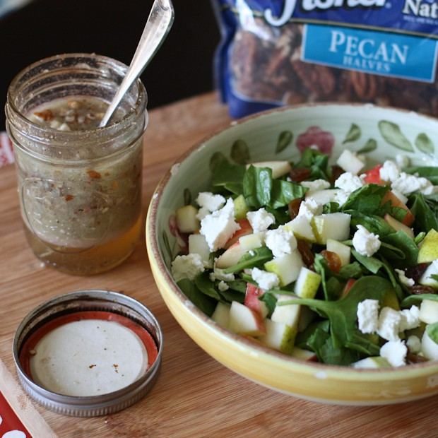 Autumn Spinach Salad with Pecan Vinaigrette | www.aggieskitchen.com #thinkfisher