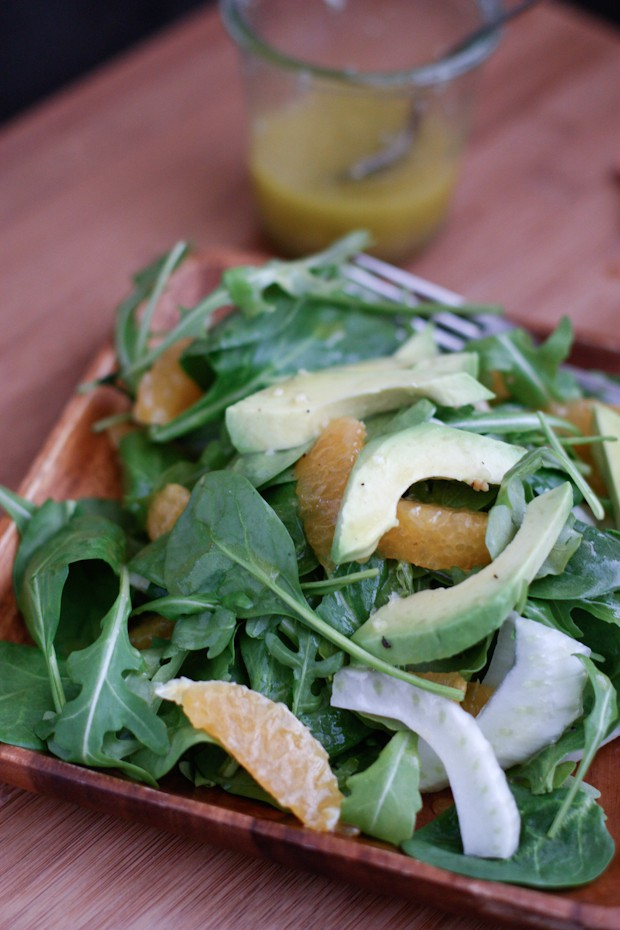 Brighten up your lunch or dinner with this Spinach and Arugula Citrus Salad with Fennel and Avocado - filled with healthy, seasonal ingredients you'll love!