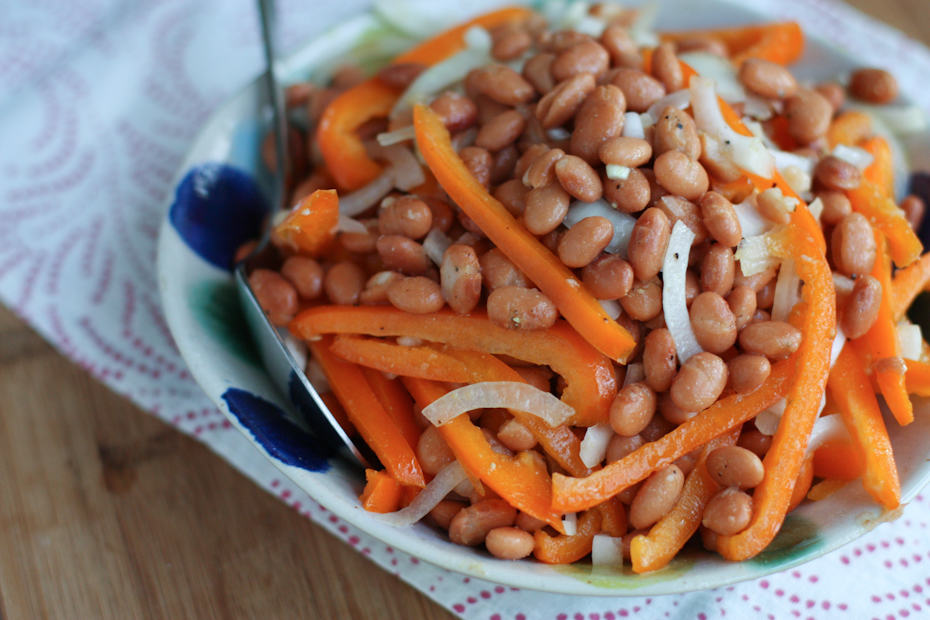 A simple and healthy bean and pepper salad to serve alongside your favorite grilled or Mexican meal. Perfect for busy weeknights or as a potluck dish.