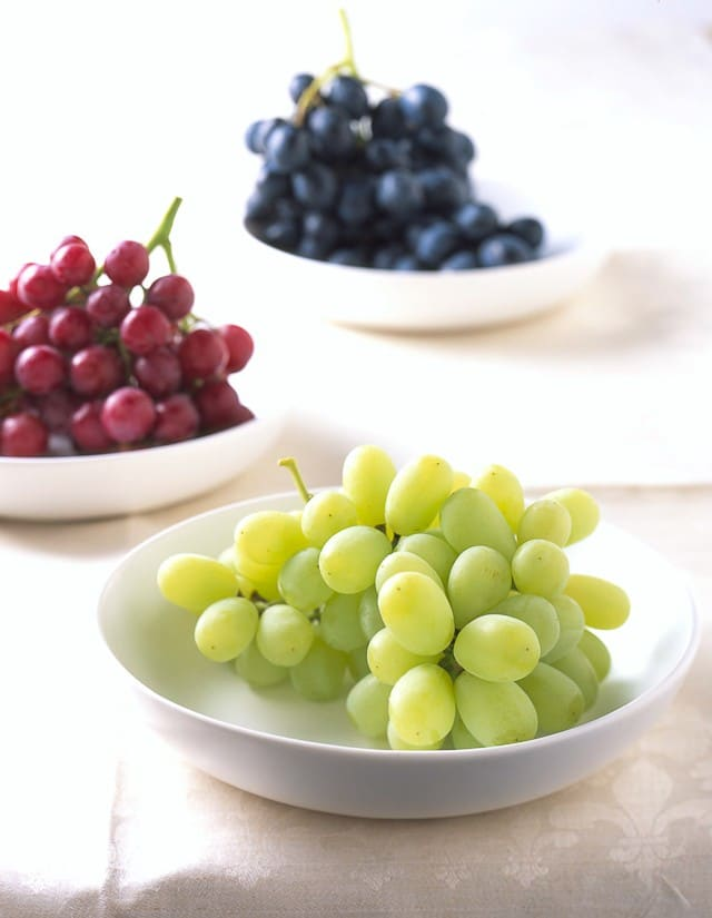 8 Ways To Love Grapes - smoothies, salads, snacks and more!