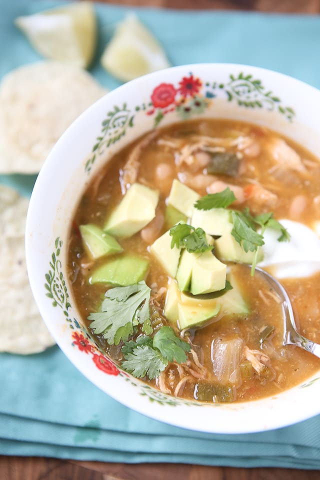Slow Cooker White Chicken Tortilla Soup