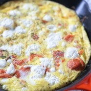 Inspired by a smoked salmon quiche, this smoked salmon frittata with goat cheese and dill is lighter and so easy to make!