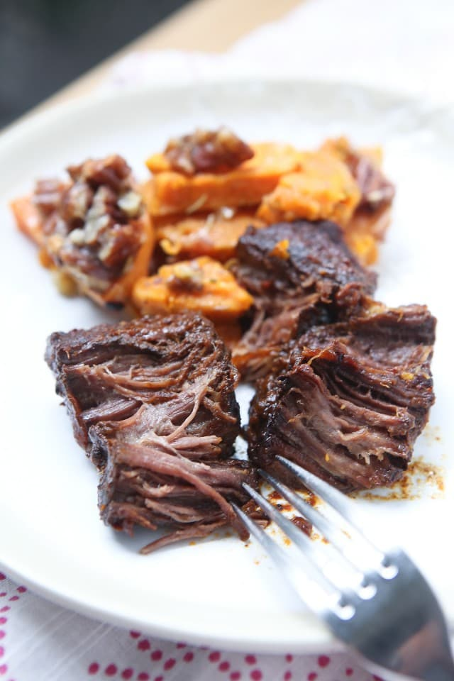 Slow Cooker Barbecue Short Ribs Recipe - the most tender meat, this meal is such a treat and perfect for entertaining!