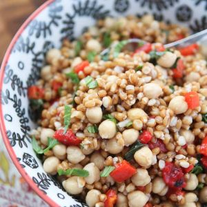 This Italian Wheat Berry Salad is simple, fresh and full of delicious flavor. The perfect recipe for picnics or barbecues!