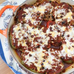 Vegetarian Enchilada Stuffed Peppers - the quinoa and black bean filling is so hearty and full of flavor, you won't miss the meat in this dish! recipe via aggieskitchen.com