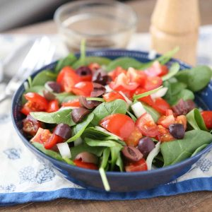 chopped tomato and spinach salad